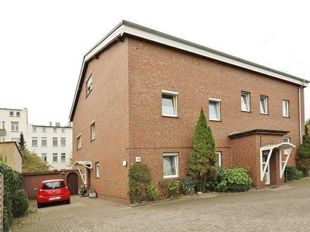 TT Immobilien bietet Ihnen: Ebenerdige Eigentumswohnung mitten in der Stadt von Wilhelmshaven!