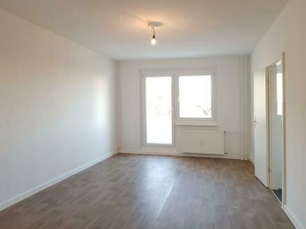 Tageslichtbad! Balkon! - helle 3-Zimmer-Wohnung + 300 EUR Gutschein*