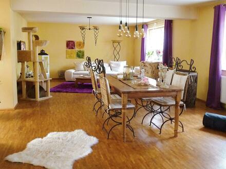 großzügig geschnittene Wohnung zum Wohlfühlen in RE-Hochlarmark