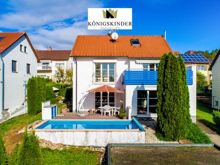 Modernes Einfamilienhaus in ruhiger Südhanglage von Ebersbach mit Pool und Doppelgarage