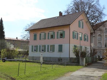 Charmantes Familienhaus in zentraler Lage