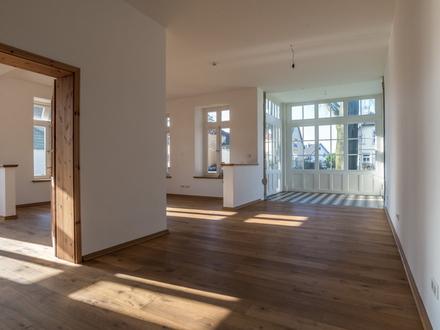 Modernes, offenes Wohngefühl in stilvollem Ambiente!