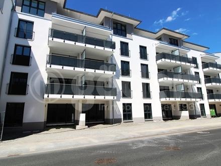 Schöne, geräumige zwei Zimmer Wohnung mit Garten und Terrasse!