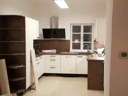 Altbauwohnung mit ruhigem Innenhof auch als Büro oder Ordination nutzbar - PROVISIONSFREI