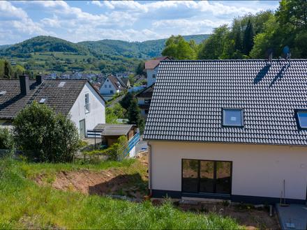 DHH in Waldaschaff. Ca. 149m² Teilschlüsselfertig