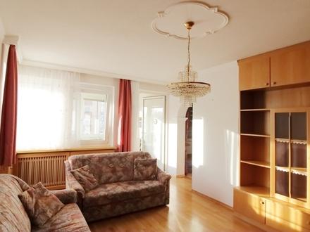 Wohnung mit Lift und Tiefgaragenplatz!