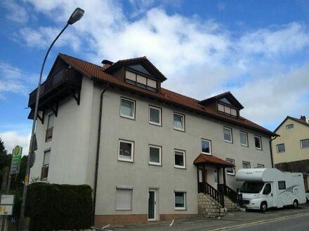Apartment in DÖRFLES-ESBACH **1. OG ** Laminat ** EBK **