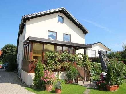 Sehr große 5-Zimmer-Maisonette-Eigentumswohnung mit Gartenanteil in sonniger Wohnlage