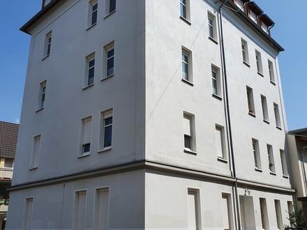 für Kapitalanleger: Renovierte 2-ZKB-Wohnung in ruhiger Lage von Gera zu verkaufen