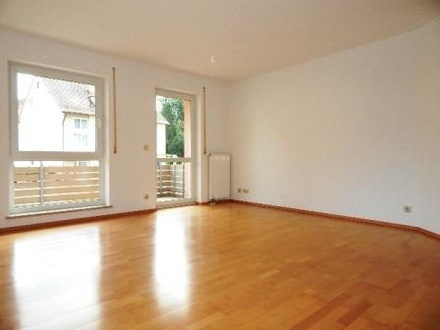 Wohnzimmer (Bspl. Foto)