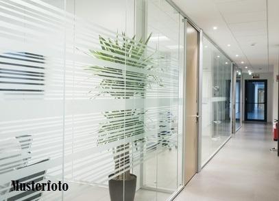 Büroräume mit Pkw-Stellplatz