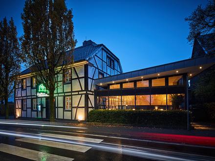 Gastronomiebetrieb mit 520 Sitzplätzen, Veranstaltungssaal und zstzl. Bebauungspotential!