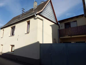 1-2 Familienhaus mit Hof und Dachterrasse
