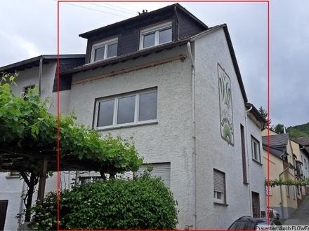 Trechtingshausen - Ortsmitte: Wohnhaus mit Rheinblick
