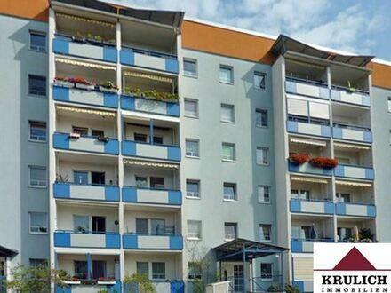 Wir sanieren neu - 1 Raumwohnung mit Balkon