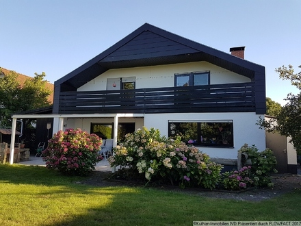 Einfamilienhaus in ruhiger Lage und herrlichem Garten!