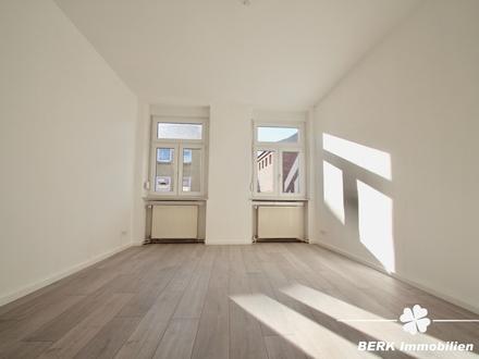BERK Immobilien - renovierte 4-Zimmer-Wohnung in Innenstadtlage