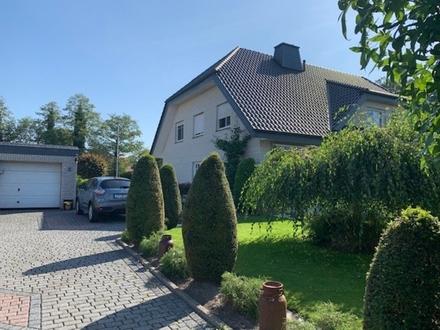 Wunderschöne weiße Doppelhaushälfte mit Vollkeller, Garage u. Südgrundstück 33790 Halle/OT K.