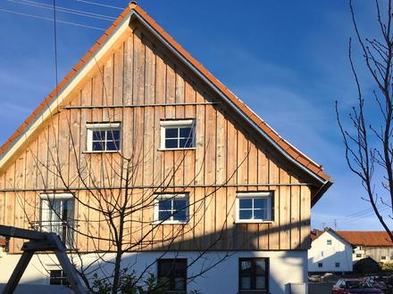 Modernisiertes Bauernhaus mit Charme, schöner Garten - viel Platz für die große Familie