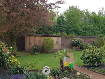 Kleines Haus - toller Garten