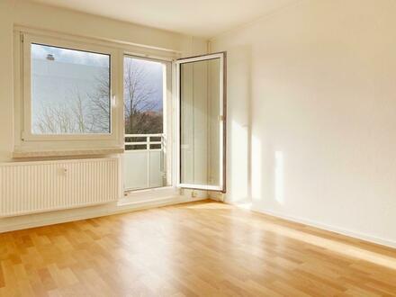 Wohnen auf der Sonnenseite! Nette 2-Raum-Wohnung mit Balkon!