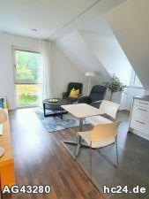 Neu möblierte Wohnung 2-Zimmer-Wohnung mit WLAN, Stellplatz und Balkon nähe Herzogenaurach.