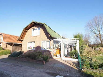 Ferienhaus mit zuätzlichem Baugrundstück im Ferienhausgebiet am Heeder See!