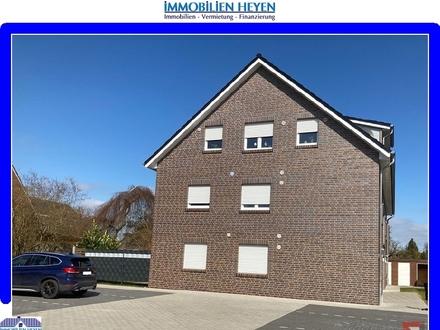 ***Barrierefreie und neuwertige Dachgeschosswohnung mit Balkon in Papenburg-Untenende***