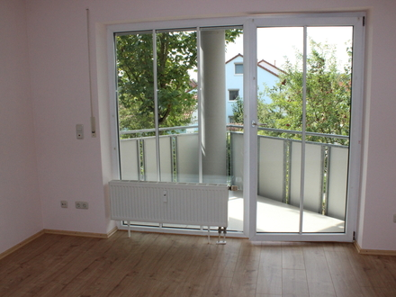 LAYER IMMOBILIEN: Helles Appartment in ruhiger Lage