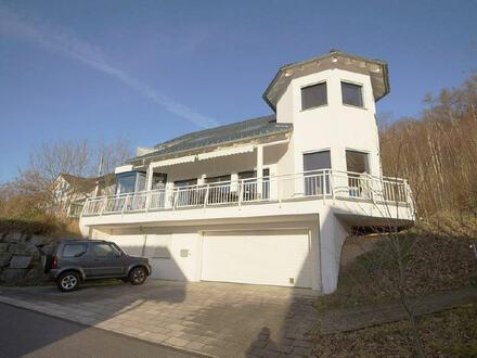 Großzügiges individuelles Einfamilienwohnhaus in wunderschöner sonniger Wohnlage von Herscheid