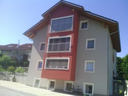 Passau/Ilzleite, sonnige Hoch-Parterre Wohnung mit Terrasse und Schreiner-Einbauküche