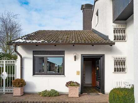 Klassisches Splitlevel-Haus in hochwertiger Bauweise