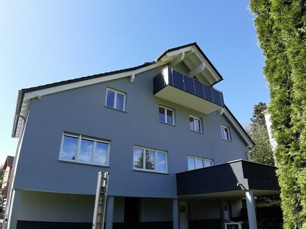 ARNOLD-IMMOBILIEN: Großzügiges EFH + Mehrfamilienhaus (4 WEH)