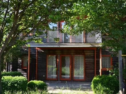 Gemütliches Einfamilienhaus mit Garten in Krankenhausnähe, Ruhelage