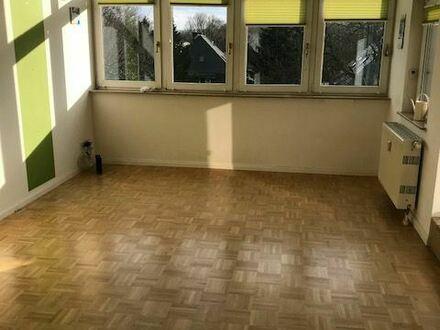 Dachgeschoss-Maisonette-Wohnung mit Sonnenterrasse