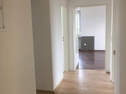 3 ZKB ca. 70 m² sofort 590,- zzgl. in 89423 Gundelf., renoviert, Stellplatz,...