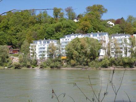 Fast Neu: 2-Zimmer-Wohnung in Uni- und Kliniknähe mit Blick über den Inn