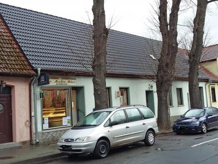 Zwei Häuser in 06369 Radegast zu verkaufen! Vorderhaus EG gewerblich vermietet!! Hinterhaus zur Eigennutzung!!!