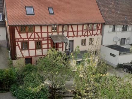LIEBHABERIMMOBILIE - Liebevoll restauriertes Fachwerkhaus mit Erweiterungspotential