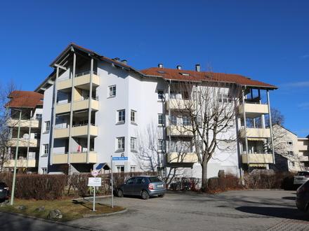 Letztendlich entscheidet die Lage - großzügige 4- Zimmerwohnung mit Westbalkon