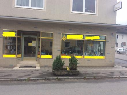 Ladenfläche / Ladengeschäft mit Büroräumen und WC