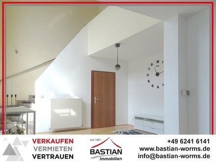 Wertbeständiges Anlageobjekt! Hochheim - Maisonette - Balkon - Südterrasse - Garten - Stellplatz!