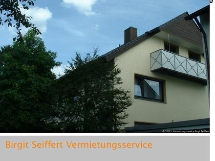 Moderne 4-Zimmer-Wohnung mit Balkon und Gartennutzung in kleiner Wohneinheit