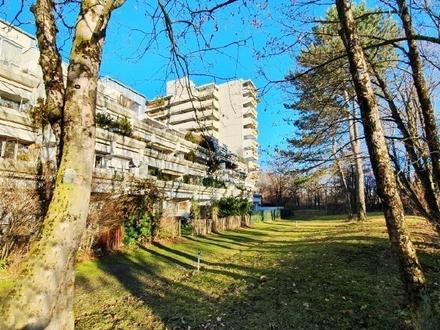 Sonnige, ruhige 3-Zi.- Wohnung mit Südbalkon am OEZ