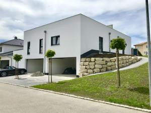 Moderne Eigentumswohnung mit großer Dachterrasse und Doppelgarage