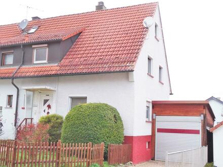 1-Familien-Wohnhaus mit Garage und Nebengebäude