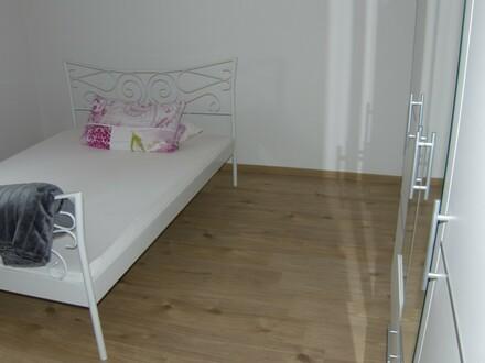 Schöne Wohnung mit 30 m² Terrasse für jung u. alt