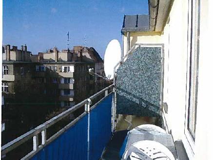 BERLIN-NEUKÖLLN: DG-Wohnung ~ 80 m² mit 2,5-ZKB+Balkon+Keller im 5. OG mit Treppe - Straßenparken