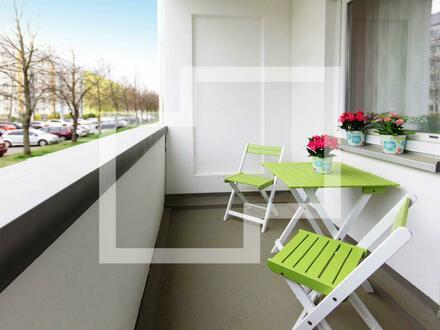 Familien aufgepasst! Schöne 4-Raum-Wohnung + FRISCH RENOVIERT + mit Gutschein*
