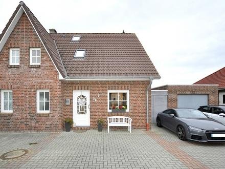 Wilhelmshaven: Moderne Doppelhaushälfte im Maadetal